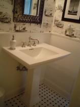 bathroom-008