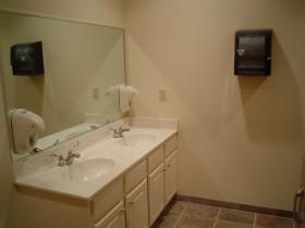bathroom-009